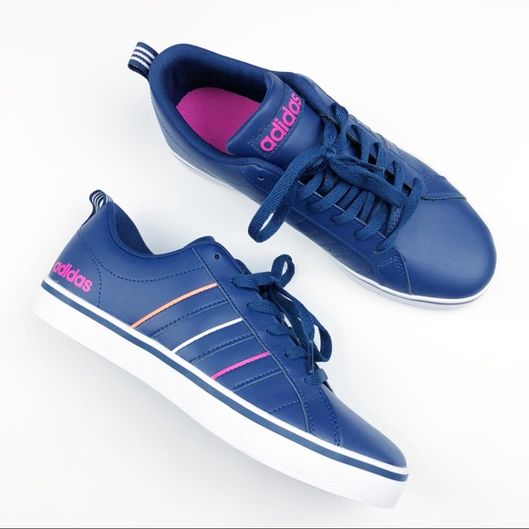 Le adidas donne scarpe taglia 8 poshmark